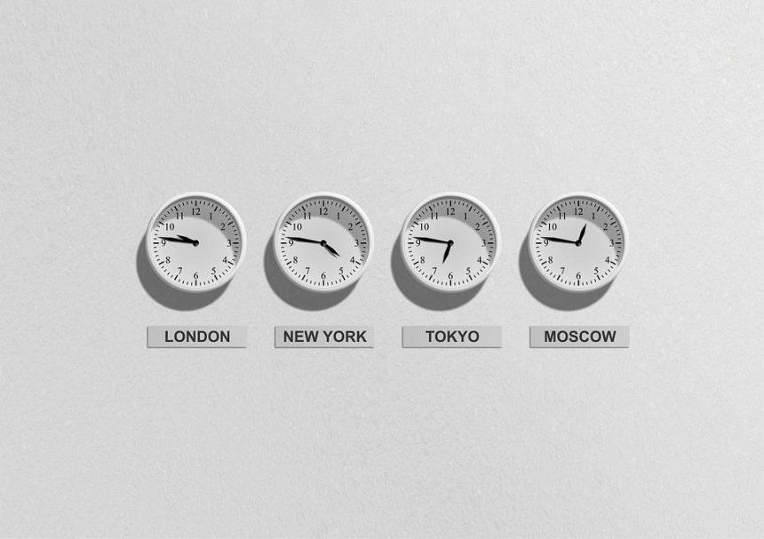 La sincronización de los relojes es vital.