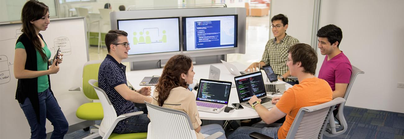los alumnos del campus de Toluca del Tecnológico de Monterrey usarán implexa